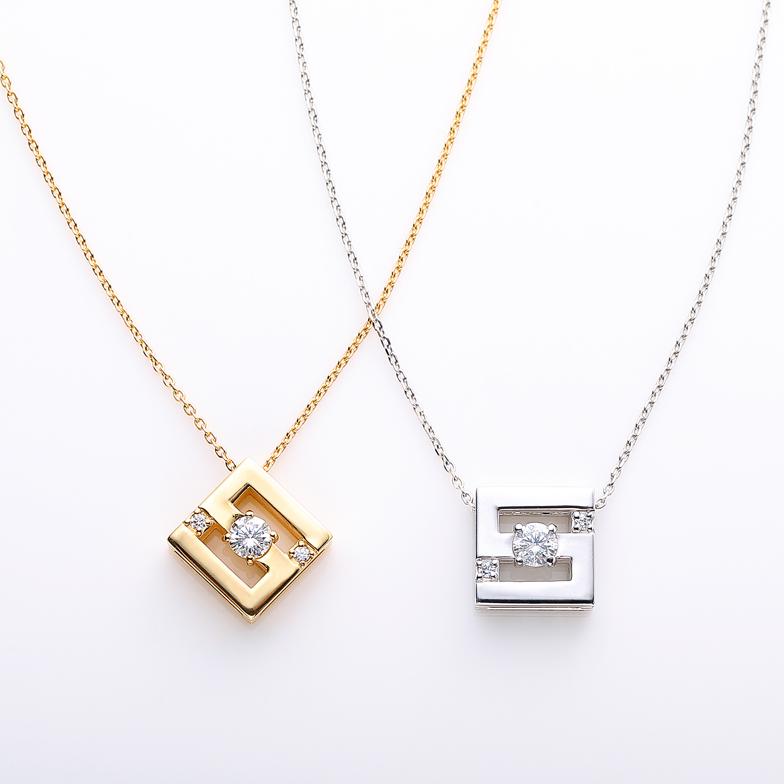 左:K18 ダイヤ ネックレス<br>右:K18WG ダイヤ ネックレス